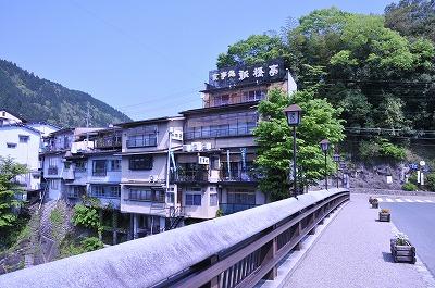 shinbashi0429a.jpg